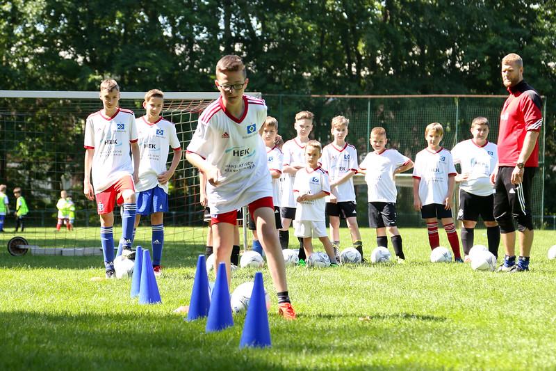 hsv_fussballschule-245_48048032862_o.jpg