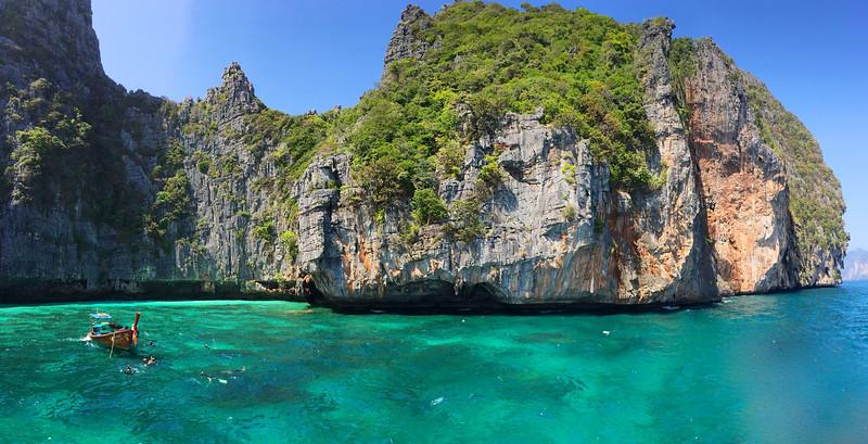 Maya Bay, Phi Phi Island - Andaman Sea