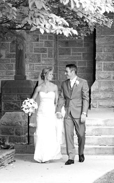 Bride and Groom_39 BW.jpg