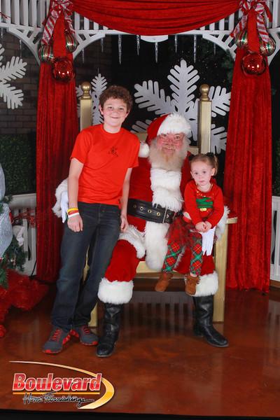 Santa 12-17-16-500.jpg