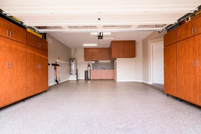 Garage1_8503594-1 copy.jpg