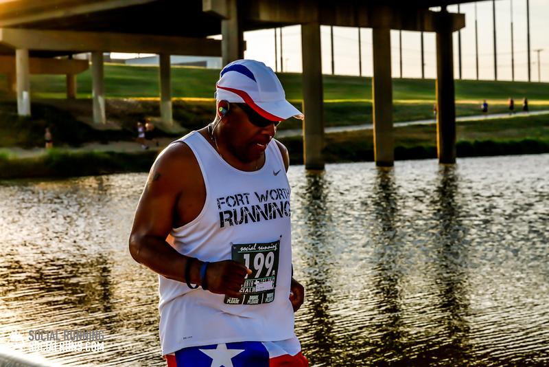 National Run Day 18-Social Running DFW-1719.jpg