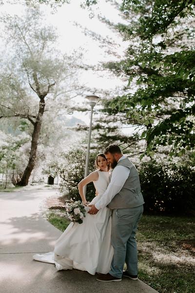 Bride and Groom-21.jpg