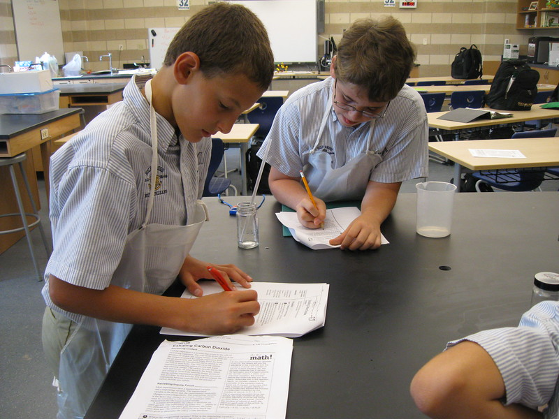 \\hcadmin\d$\Faculty\Home\slyons\HC Photo Folders\7th Gr_Exhaling Carbon Dioxide Lab_2011\IMG_1092.JPG