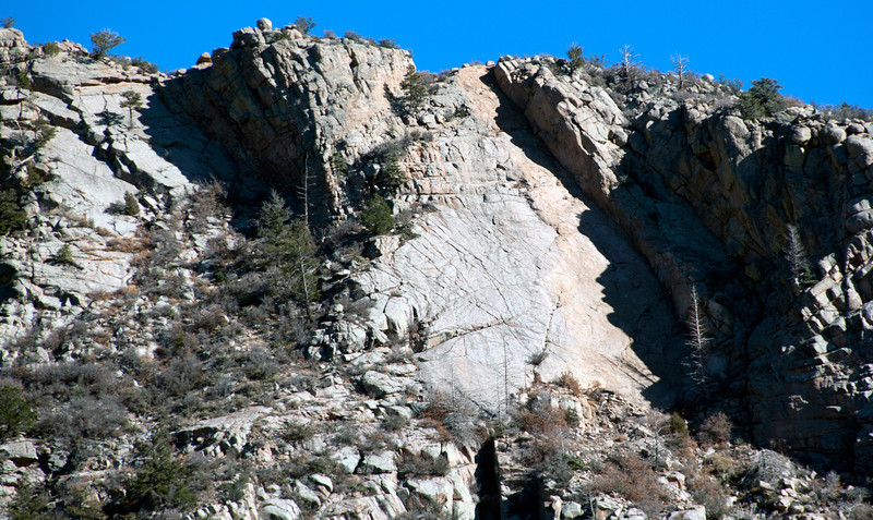 Whiskey Slab. This is far S along the Whiskey Peak Ridge. Looks like a great slab route. Potentially protectable.