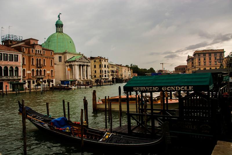 ונציה סירה ארמון.jpg
