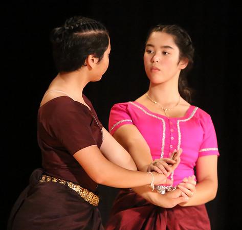 Angkor Dance rehearsal 100418