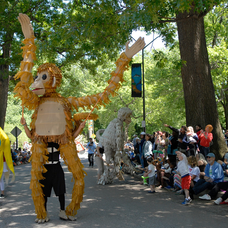 . Jeff Forman/JForman@News-Herald.com Silly Monkeys charm the crowd during  the Cleveland Museum of Art 25th annual Parade the Circle June 14 in University Circle.