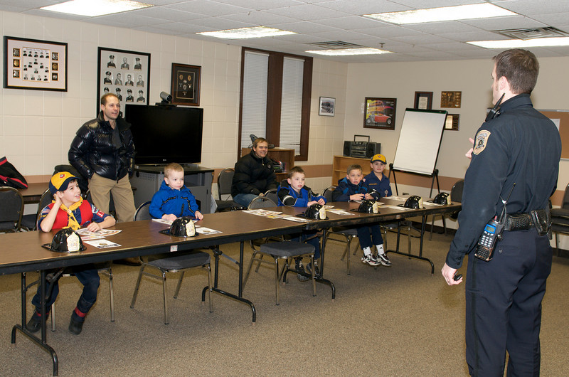 Cub Scout Police Station  2010-01-13  81.jpg