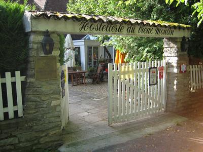 Burgundy 2007 4