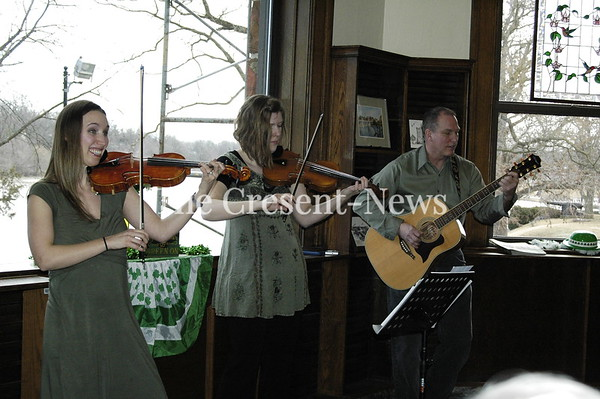 03-16-19 NEWS Defiance Library Irish Events