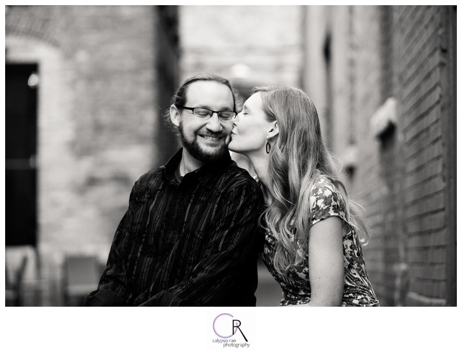 Alleyway-Engagement-Photographs
