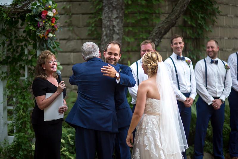 Garrett & Lisa Wedding (305).jpg