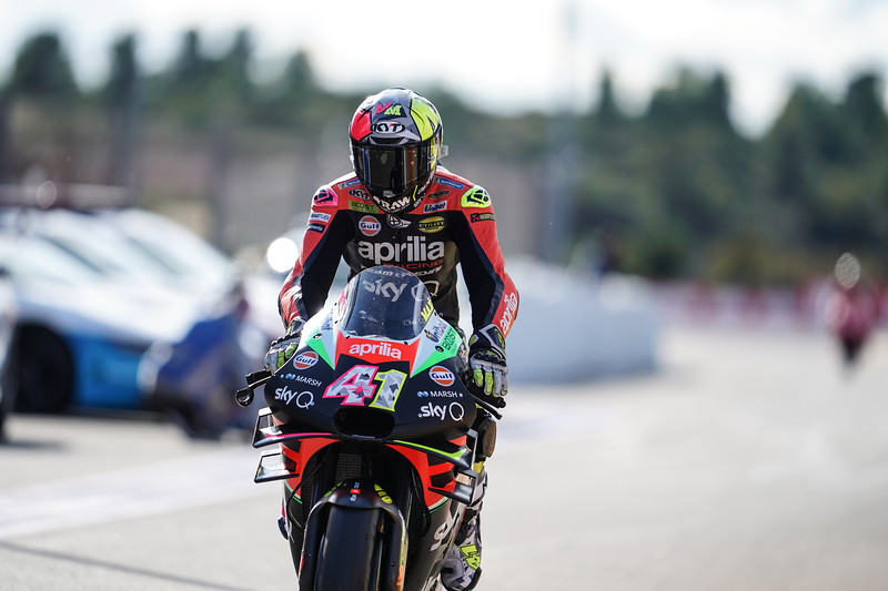 Aleix Espargaro on the Aprilia RS-GP at the 2019 MotoGP round at Valencia. Photo: @CormacGP