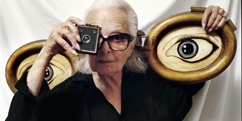 Lillian-Bassman-in-1999-photo-by-Abe-Frajndlich.jpg