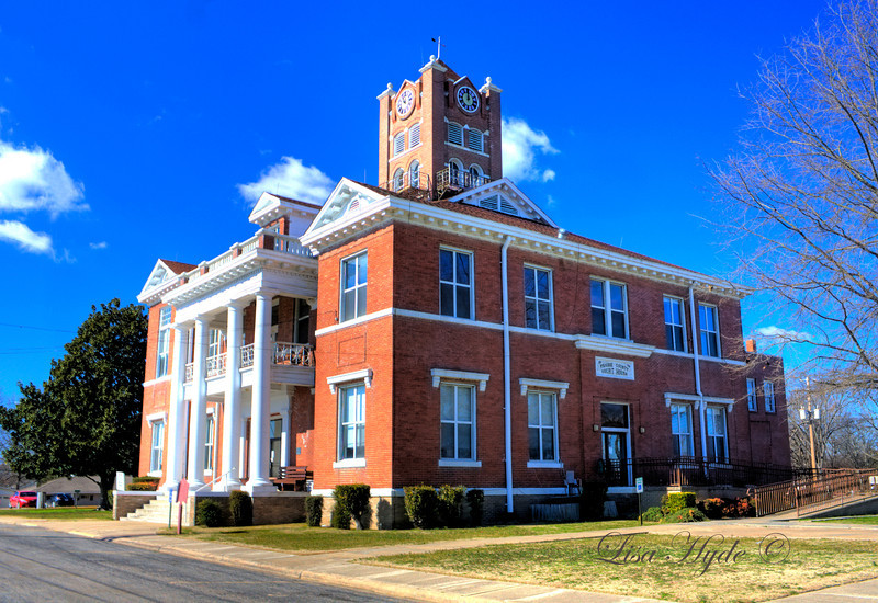 Prairie County Courthouse - Des Arc
