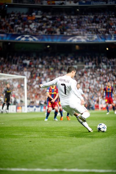 Cristiano Ronaldo performing a free kick, UEFA Champions League Semifinals game between Real Madrid and FC Barcelona, Bernabeu Stadiumn, Madrid, Spain