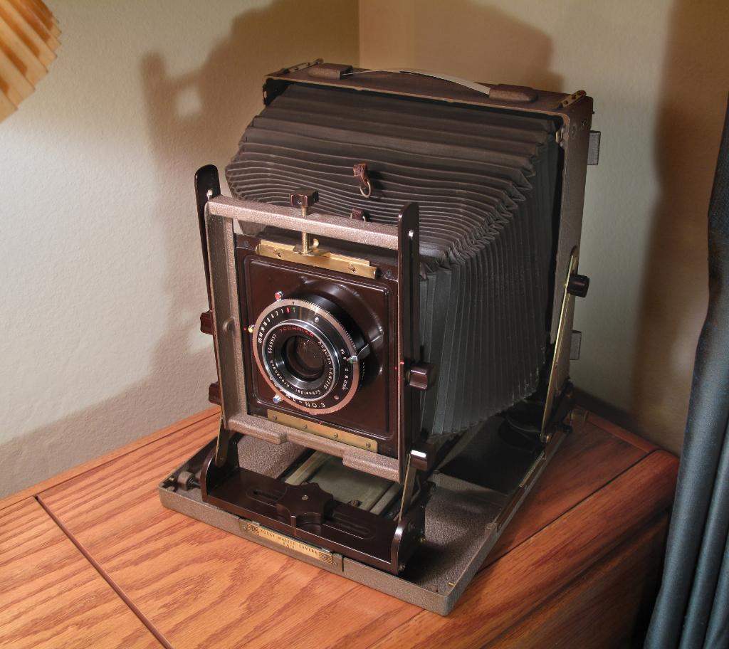 IMAGE: http://tomy10.smugmug.com/photos/i-nKNnnLM/0/X3/i-nKNnnLM-X3.jpg