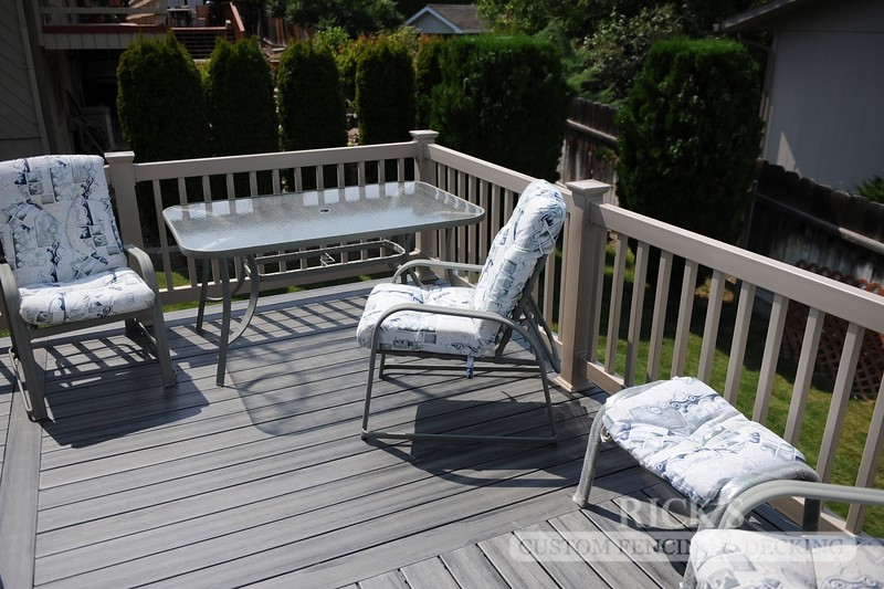 1215 - LifeStyle HDPE Composite Decking