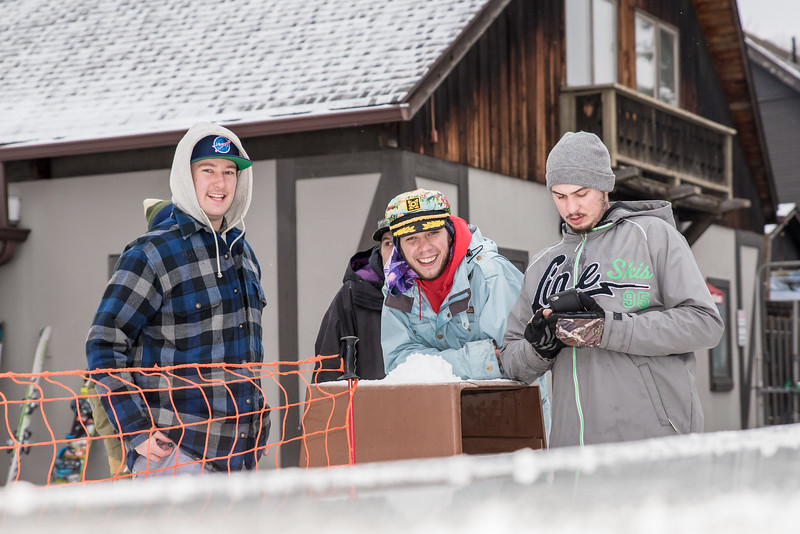 Mid-Season-Party_2017_Snow-Trails-9926.jpg