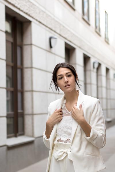 Laura Porta in London UK by Ewa Horaczko Photography_MG_0099.jpg
