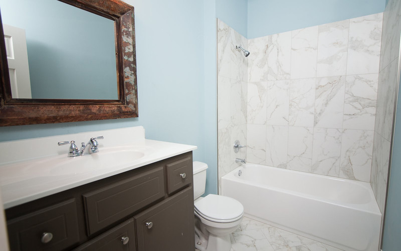Bath-002.jpg