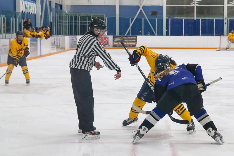 20150129 QWHockeyatUOIT 1038.JPG