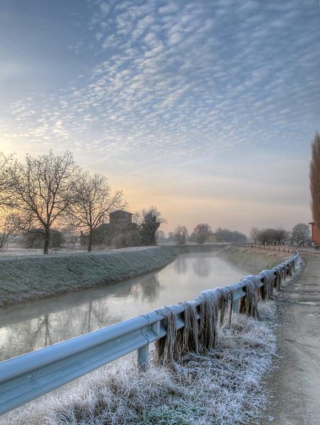 Morning frost - Canale Naviglio, Albareto, Modena, Italy - December 28, 2010