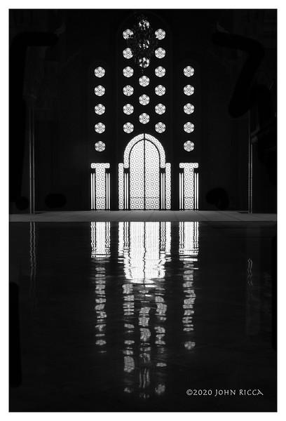 Inside The Hassan II Mosque, Casablanca.jpg