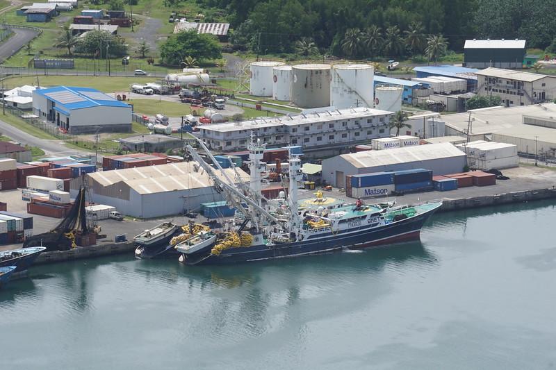 Dockside Pohnpei.JPG