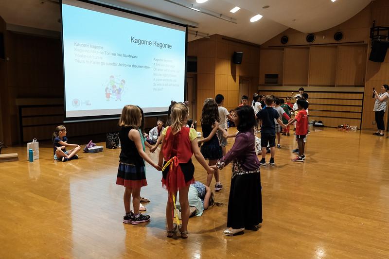 Grade 2-Cross-Cultural Lunch-DSCF3278-2018-19.jpg