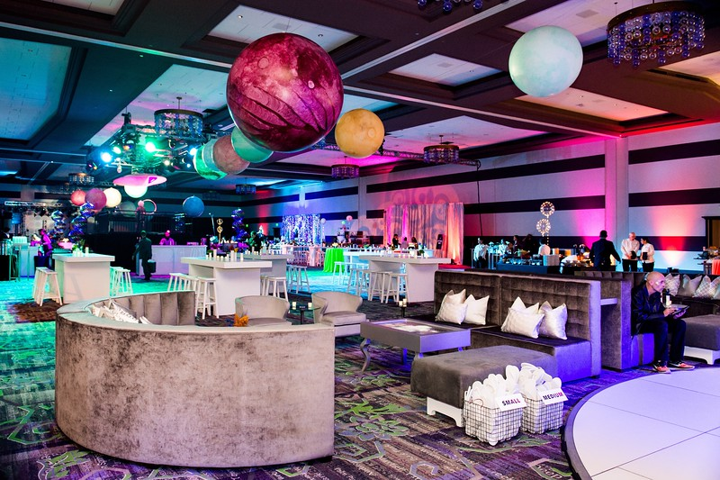 Facebook-Holiday-Party-2019-108.jpg