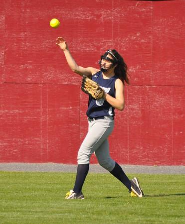 STAB softball rolls past Covenant 2015