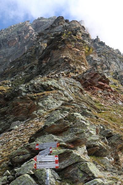 Pass above Rifugio Carate Brianza