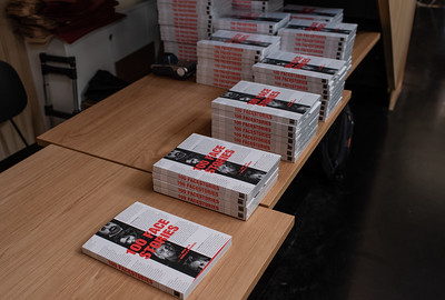 100 FACESTORIES, het boek! Ariella Kornmehl/Julie Blik