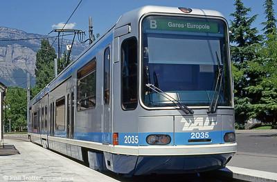 Grenoble (FR)