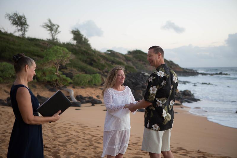 Kauai-sunrise-wedding-2.jpg