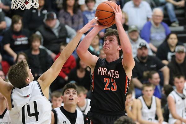 09 Boys Basketball:  Wheelersburg at Oak Hill 2017