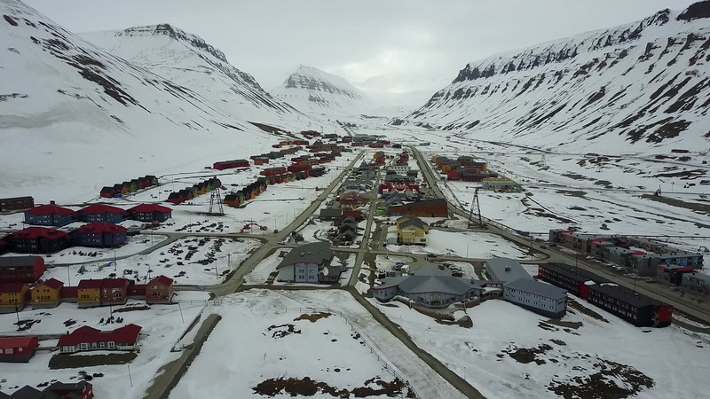 5-23-17014004longyearbyen copy.MOV