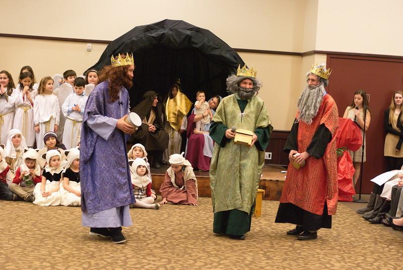 2014-12-21-Christmas-Pageant_127.jpg