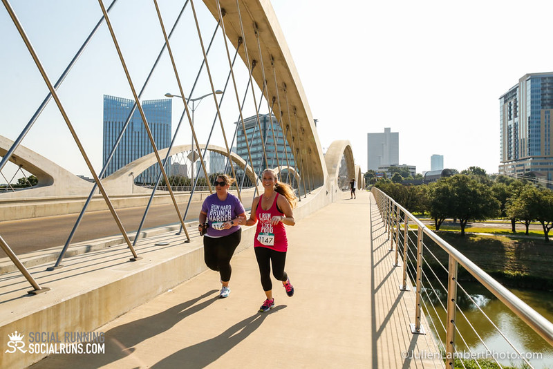 Fort Worth-Social Running_917-0642.jpg