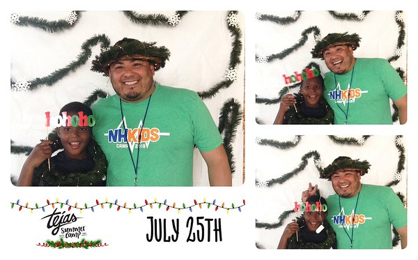 Christmas in July Photo Booth