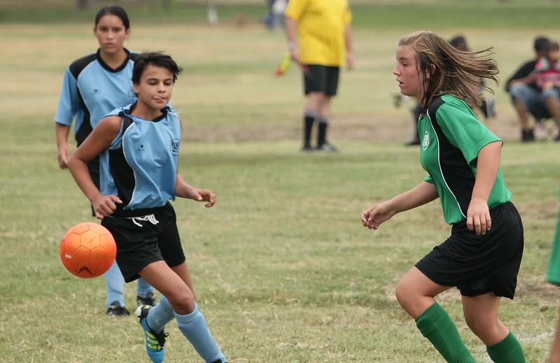 Soccer2011-09-10 09-05-23.JPG