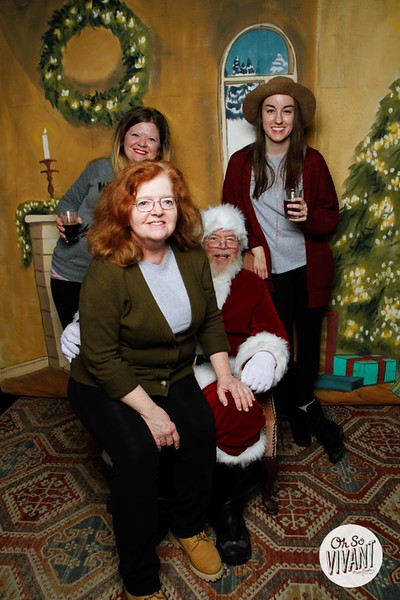 Pictures with Santa @Earthbound 12.1.2018-028.jpg