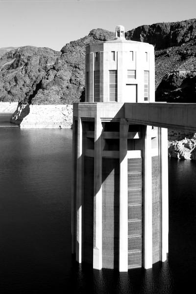 Hoover_Dam_2.jpg