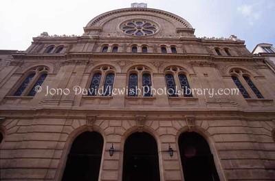 FRANCE, Paris. Synagogue des Tournelles. (2006)
