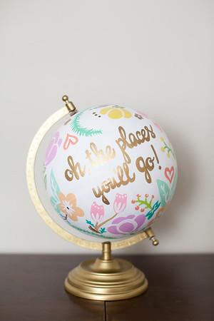 Globes & Hangers