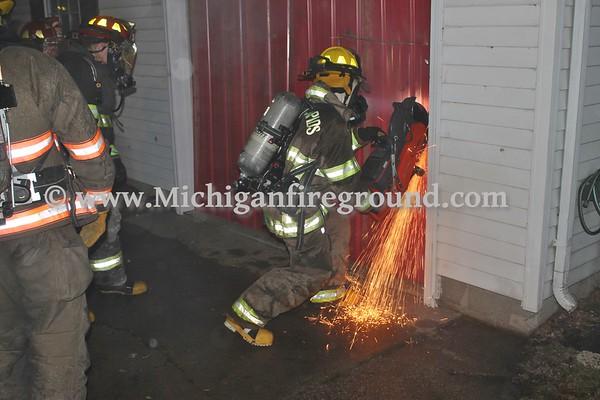 1/2/17 - Eaton Rapids firefighter training, 817 Jackson St