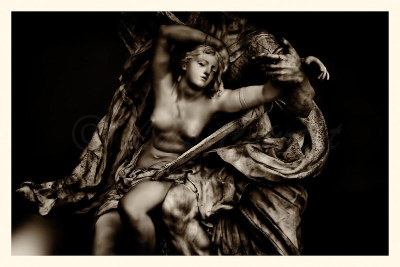 20150624_Louvre musée_0079 BW.jpg