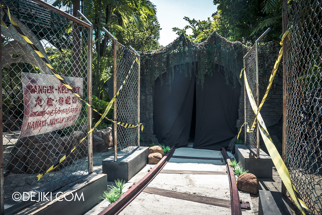 Universal Studios Singapore - Halloween Horror Nights 6 Before Dark Day Photo Report 4 - Suicide Forest scare zone / The Tunnel, now sealed